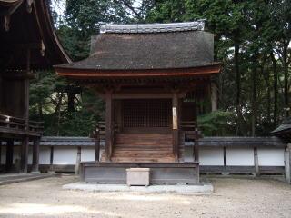 摂社日吉神社本殿