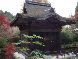 長寿寺弁天堂