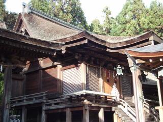 苗村神社西本殿
