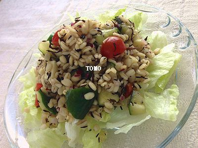 押し麦とひじきのサラダ