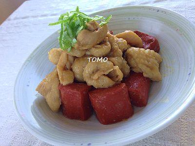 赤こんにゃくと鶏皮のニンニク味噌煮