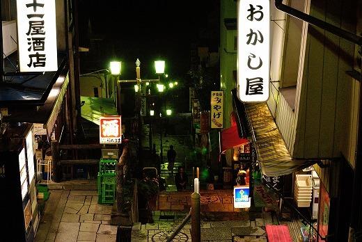 夜の石段街