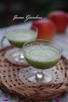 リンゴと小松菜のスムージー161112
