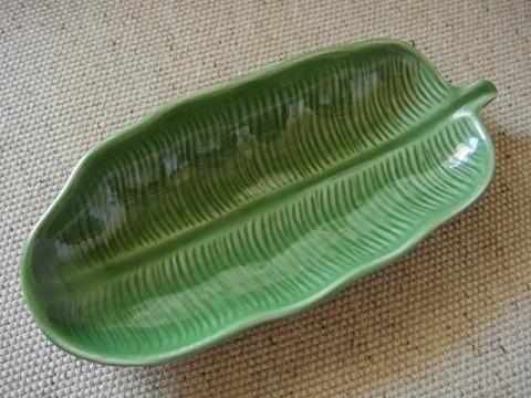 タイ製バナナリーフプレート1