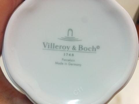 ドイツ製ビレロイ&ボッホ社のスイッチ3コスタマグカップ2