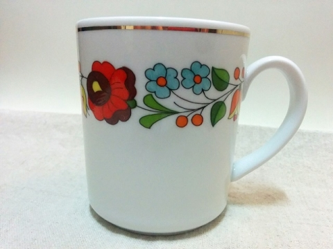 ハンガリー製カロチャ刺繍柄のマグカップ1
