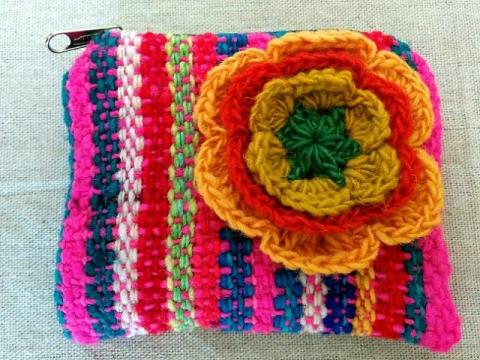 ペルー製毛糸のミニポーチ3