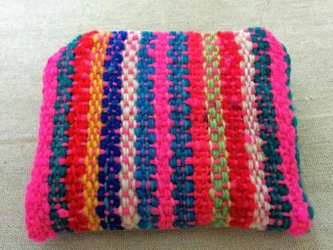 ペルー製毛糸のミニポーチ2