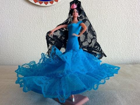 スペインフラメンコ人形1