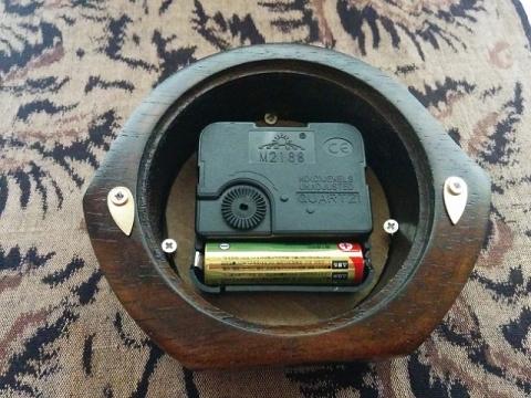 タイのキャメロット製置時計4