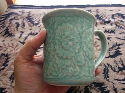 タイの陶器セラドン焼きマグカップ2