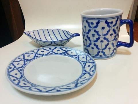タイ製の青白陶器1