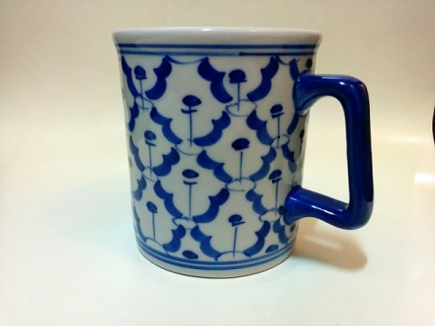 タイ製の青白陶器2