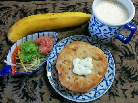 タイ製の青白陶器5