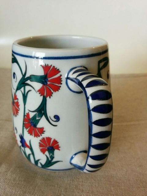 トルコ製カーネーション柄のマグカップ2