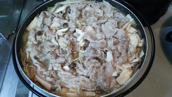 白菜塩とんこつ鍋 (4)