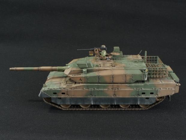 10式戦車04
