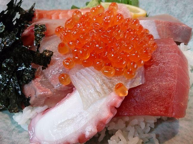 海鮮丼(1)