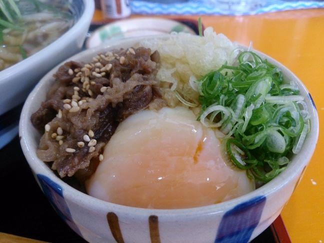 肉温玉ごはん(1)