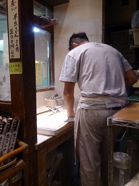 製麺中(1)