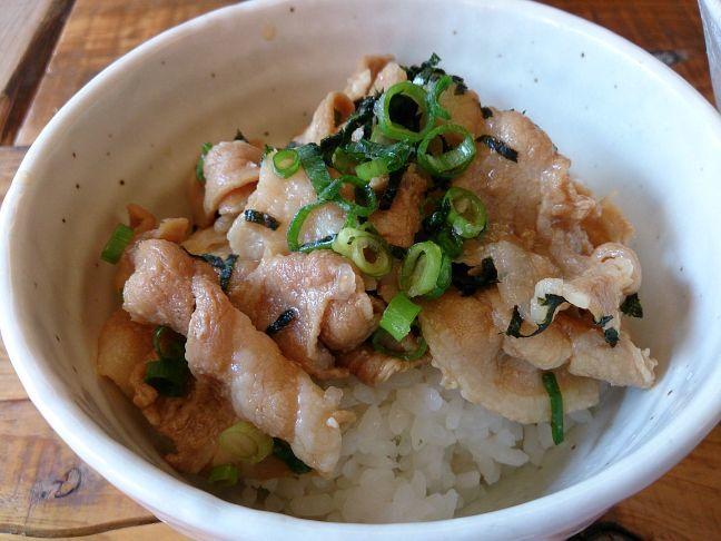 盛り豚丼(1)