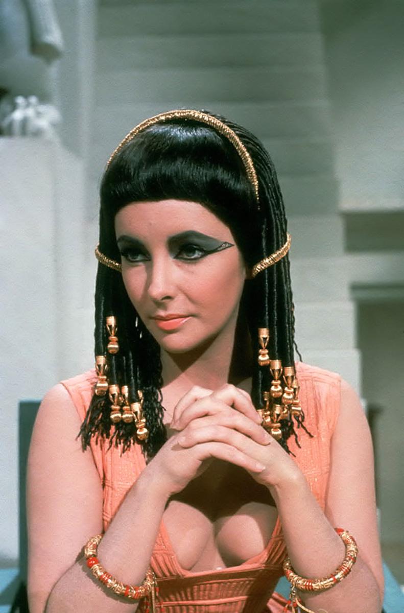 taylor-elizabeth-cleopatra_045B15D5B15D.jpg