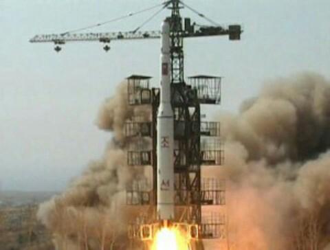 自民党が危機に陥ると北朝鮮のミサイル攻撃がが起きる!危機・脅威演出…自民党と北朝鮮の自作自演!参院選