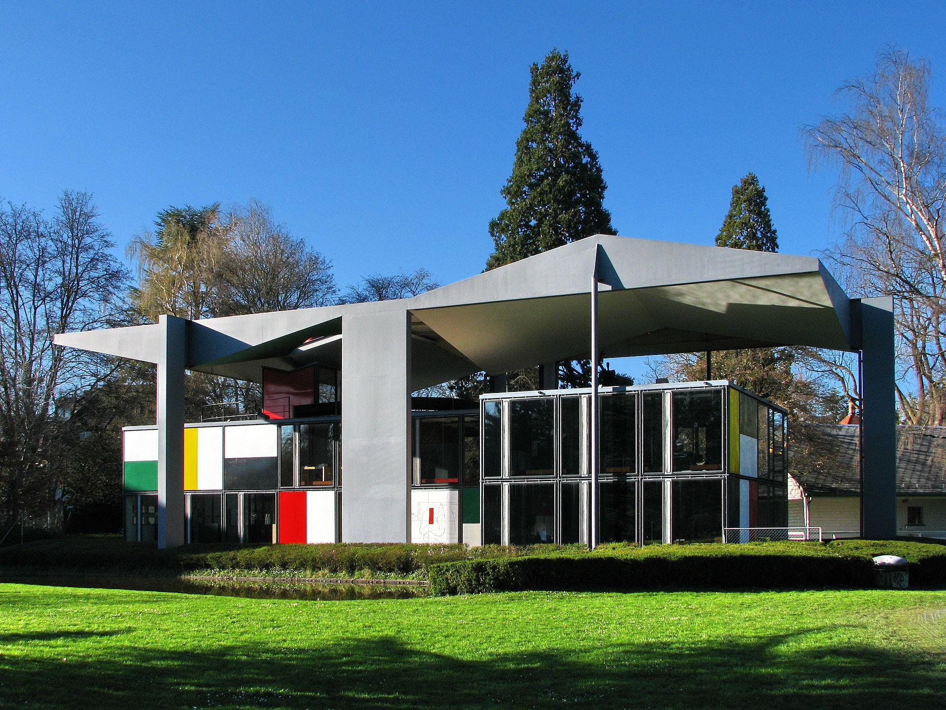 Zürich_-_Seefeld_-_Centre_Le_Courbusier_IMG_1111_ShiftN