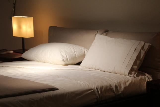 double-bed-1215004_1280.jpg