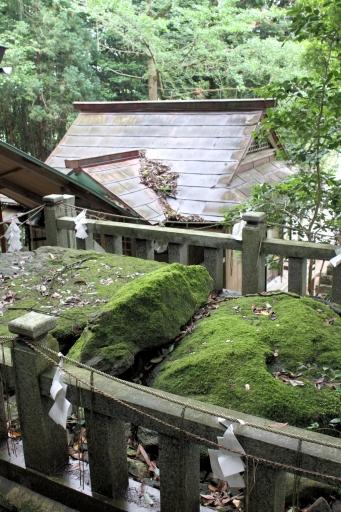 赤猪岩神社の岩