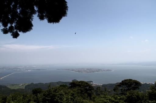 枕木山から見た中海、そして大山は見えず・・・