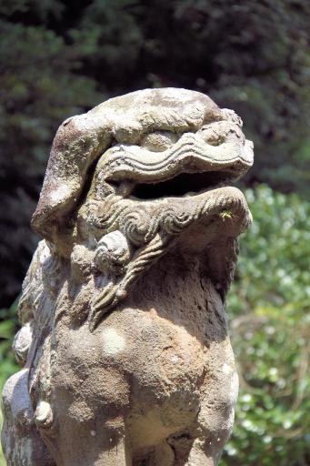 比和神社の狛ワンコ
