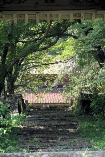 光明寺の参道