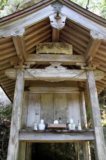 玉日女神社の社殿