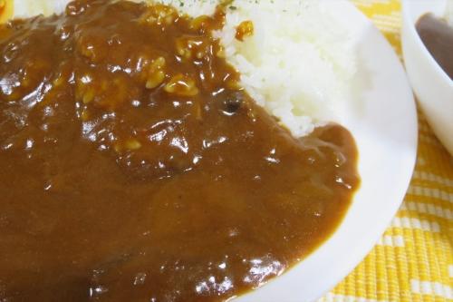 ハウス ヱスビー食品カレー食べ比べ (3)