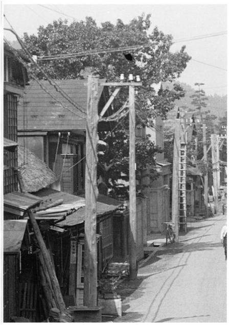 本町千田洋品店前昭和初期