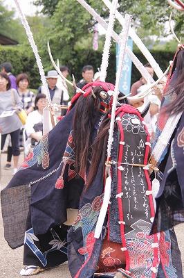 祭りの追っかけ シシ踊り