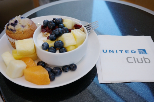 SFO United club2