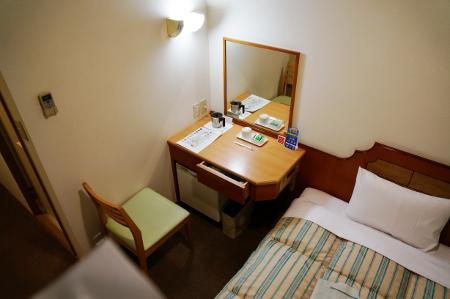 komatsuhyperhotel3.jpg