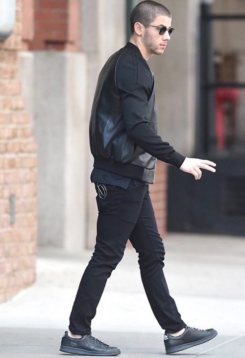 ニック・ジョナス(Nick Jonas):ラフシモンズ x アディダス (Raf Simons x Adidas)