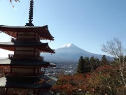 20161104新倉山浅間公園からの富士山3