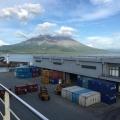 鹿児島新港と桜島