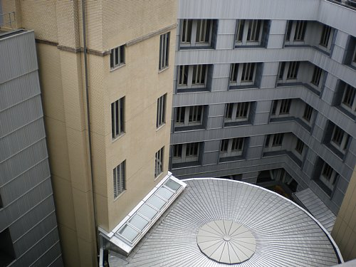 横浜税関・中央