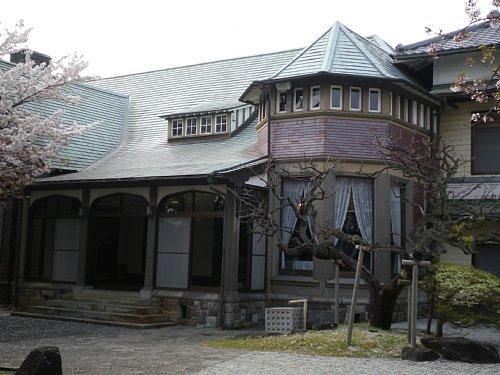 田戸台分庁舎1