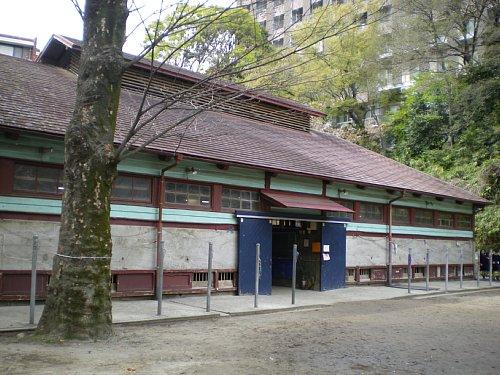 学習院・厩舎