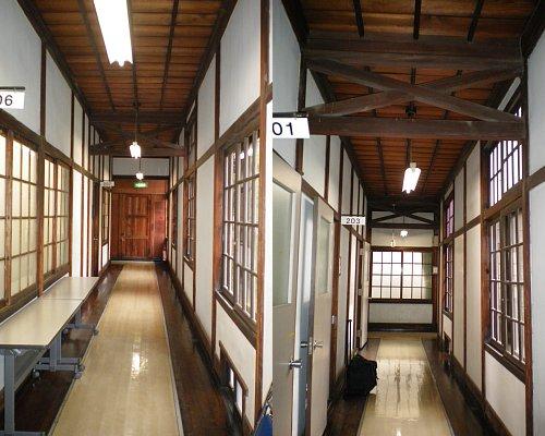 学習院・東別館廊下