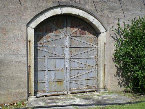 小菅刑務所・開かずの門2