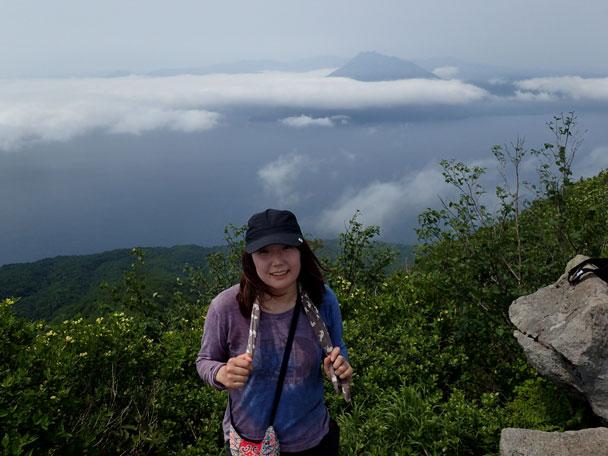 P6190072風不死岳山頂w