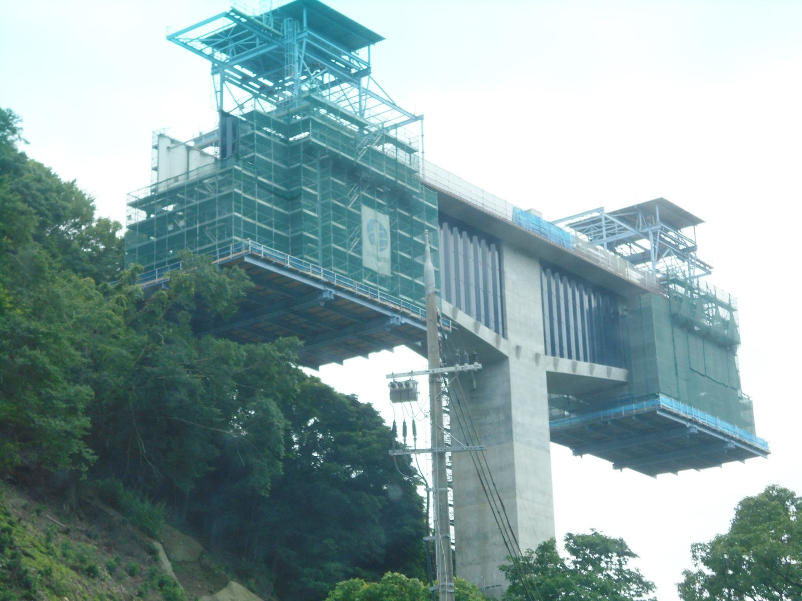 高速道路橋げた②