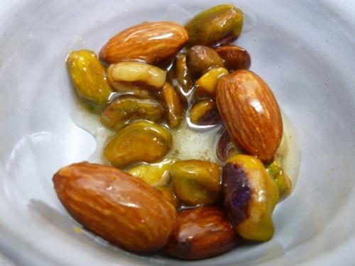 nuts-02.jpg